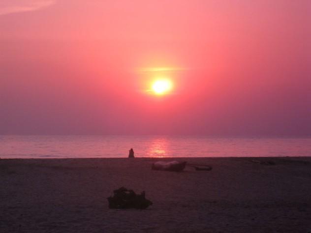 Indien Goa Agonda Strand rosa Sonnenuntergang
