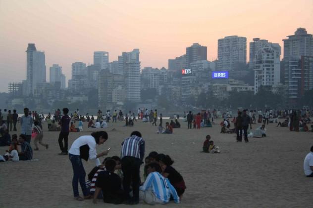Indien Mumbai Bombay Chowpatty Beach Sonnenuntergang