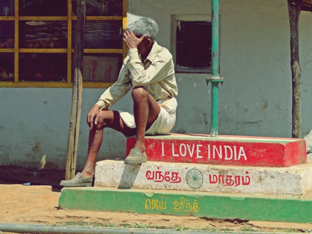 I love India Mann Man sitting