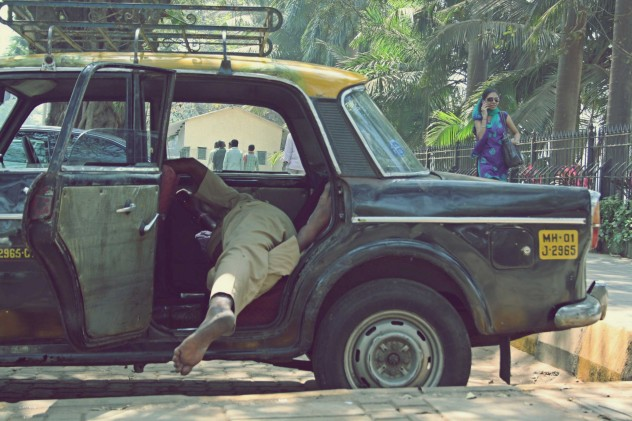 Indien Taxi Sleeping