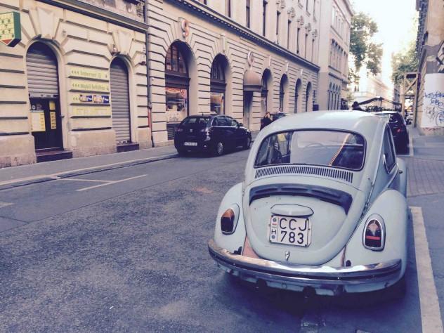 Roadtrippin Budapest VWKäfer Beetle