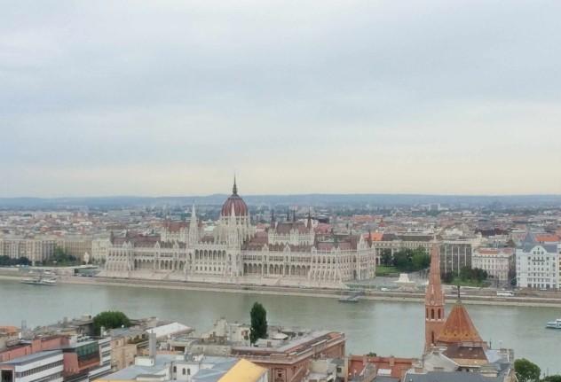 Roadtrippin Budapest Pestausblick von Buda aus