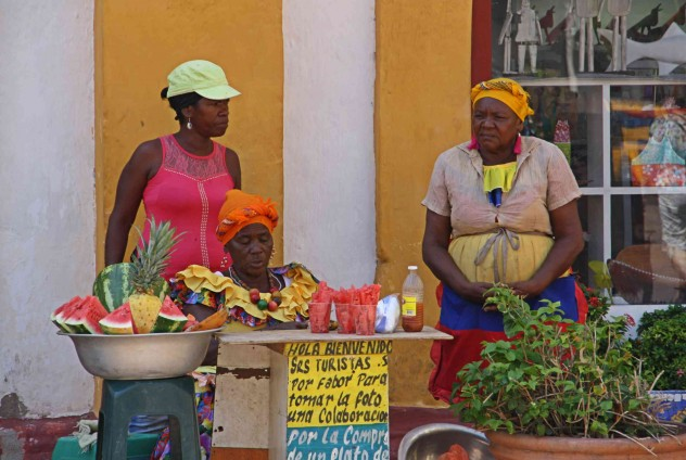 Roadtrippin Kolumbien Cartagena Fruit Ladies