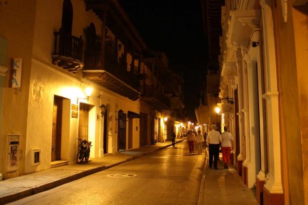 Roadtrippin Kolumbien Cartagena Altstadt Nacht