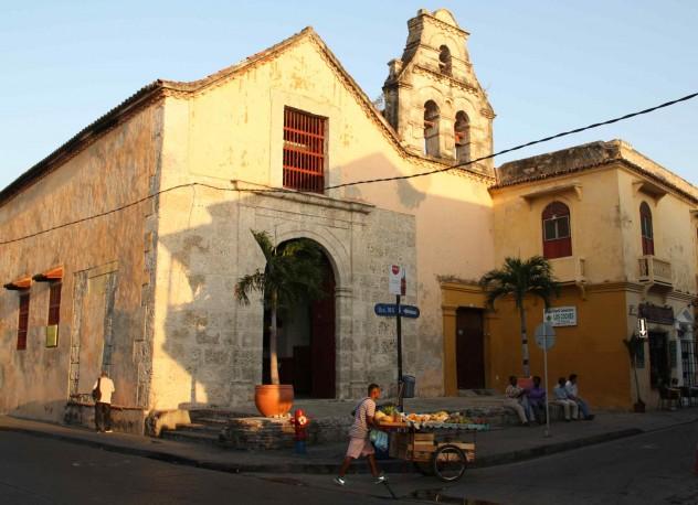 Roadtrippin Kolumbien Cartagena Streetlife Getsemani frische Früchte