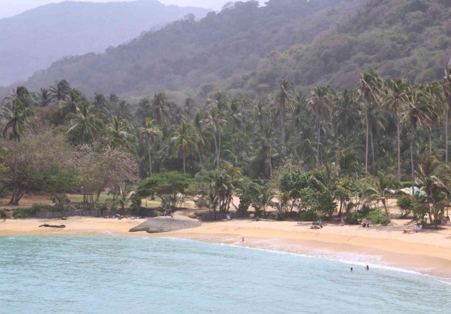 tayrona park kolumbien strand