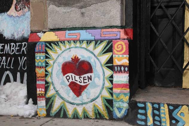 pilsen_heart_murals