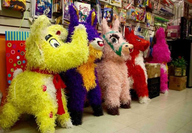 pilsen mexiko Piñatas