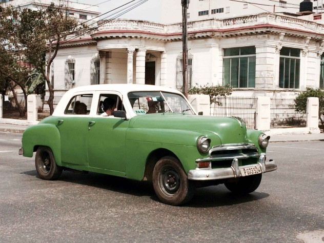 green car in Havanna