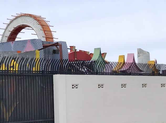 neon museum zaun