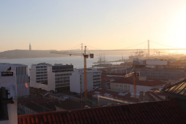 Lissabon Miradouro de Santa Catarina Aussicht