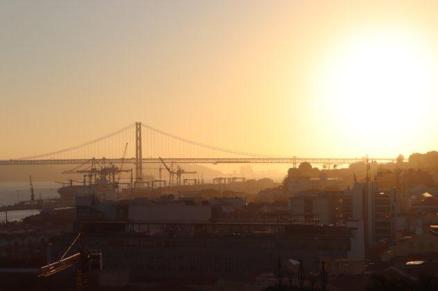 Ponte 25 de Abril Santa Catarina
